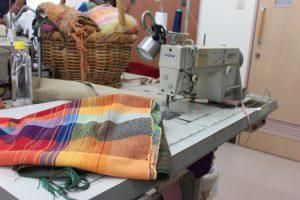 さをり織りミシン